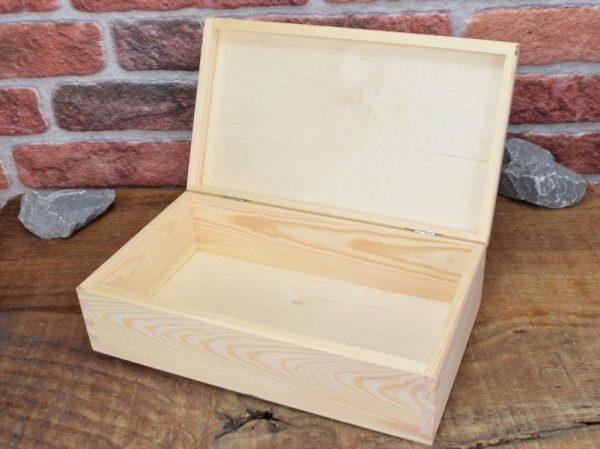 Schachtel aus Holz